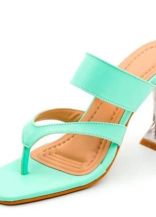 Sandália social bico quadrado aberta verde claro salto fino taça