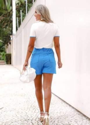 Conjunto de shorts e blusa moletinho de viscose branco e azul