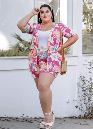 Conjunto kimono mais shorts plus size