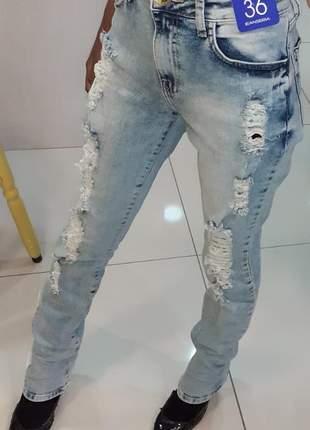Calça feminina jeanseria trompete paula jeans destroyed