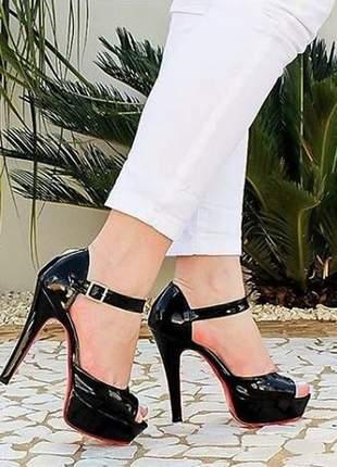 Sandália feminina meia pata salto alto sola vermelha
