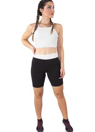 Conjunto fitness cropped alcinha branco e shorts preto com branco moda fitness