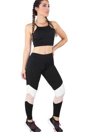 Conjunto fitness academia cropped preto e calça fitness preto com faixas rosê e branco mo