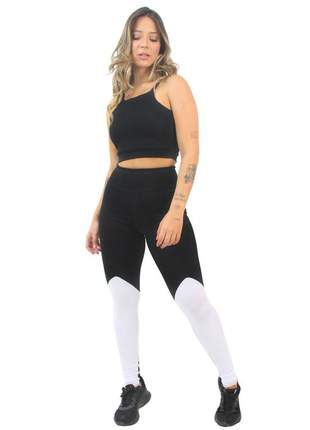 Conjunto fitness cropped alcinha preto e legging preta e branca moda fitness