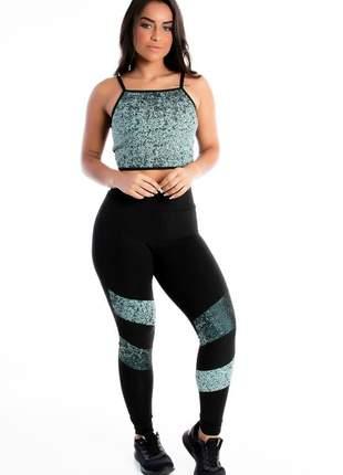 Conjunto cropped alcinha e calça legging preta estampado moda fitness