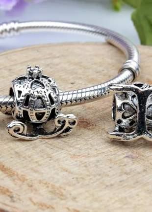 Berloque carruagem princesa compatível com bracelete pandora vivara