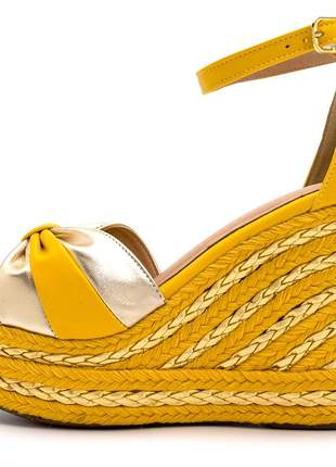 Sandália anabela salto alto boneca feminina confortável ref 4059