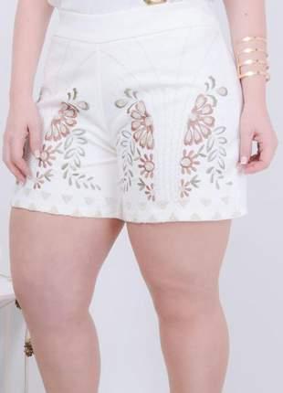 Shorts plus size bordado floral lançamento verão 2019