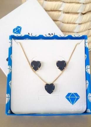 Conjunto preto colar com brinco coração