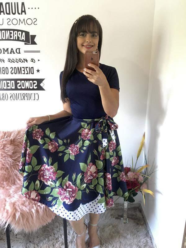 Vestido midi rodado florido moda evangélica social