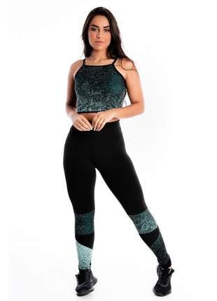 Cropped e Calça Legging GR Esporte Preta Detalhe Estampado Feminino