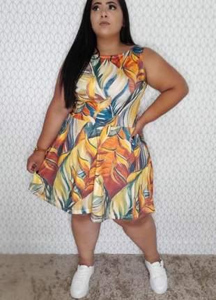Vestido  plus size rodado folhagens