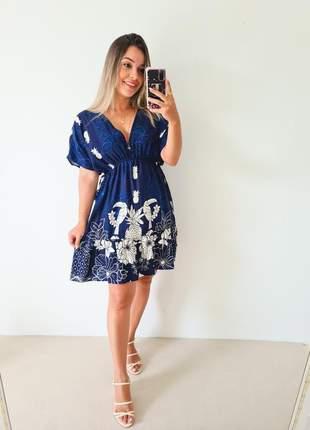 Vestido azul estampado manga curta