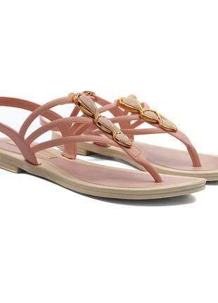 Sandália rasteira elegante
