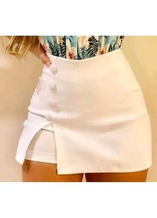 Short saia bengaline botões lateral cintura alta hot pants