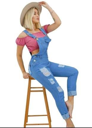 Macacão jeans jardineira destroyed rasgos bolsos skinny