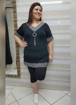 Blusa plus size alongada
