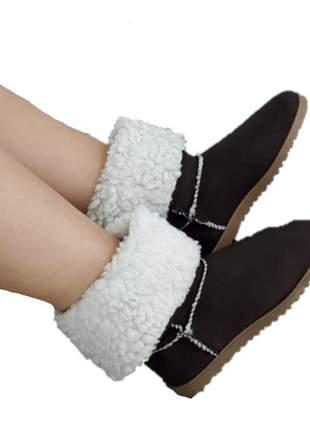 Bota feminina tipo australiana pelo toda forrada com lã marrom café