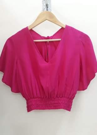 Cropped blusa feminino com manguinha e cintura em latex blogueira em viscose