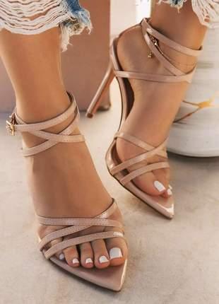Sandália salto fino tiras bico folha