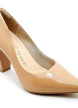Sapato feminino scarpin firezzi verniz nude