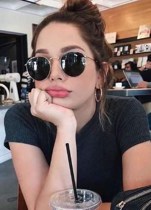 Óculos de sol ray ban round preto com dourado armação metal redondo