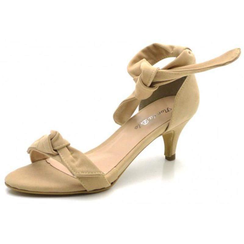 69fd51b6f1 Kit 4 pares de sandalia salto fino baixo laço - R  399.90 (salto ...