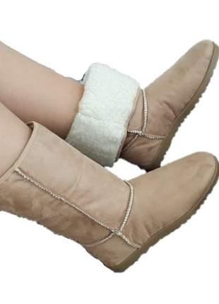 Bota feminina bege tipo ugg toda forrada em lã - diva sapatilhas