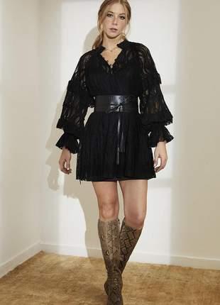 Mini vestido de renda arabesco com cinto preto