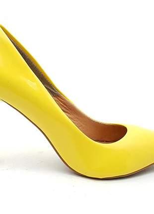 ca3a5d17d7 Sapato feminino scarpin sobressalto salto alto verniz amarelo - R ...