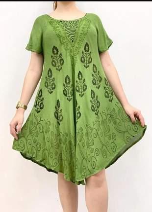 Vestido curto trapézio indiano batik plus size