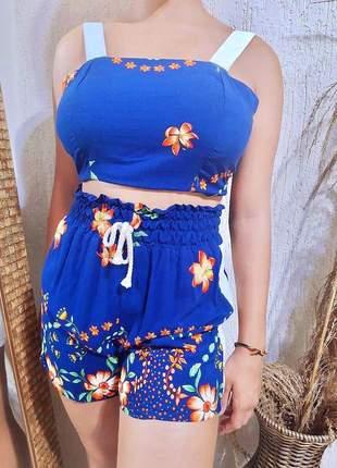 Conjunto curto azul estampado com bojo e elástico na cintura