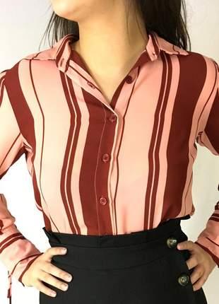 Camisa listrada rosê e vermelho