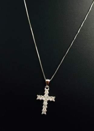 Colar cruz cravejada