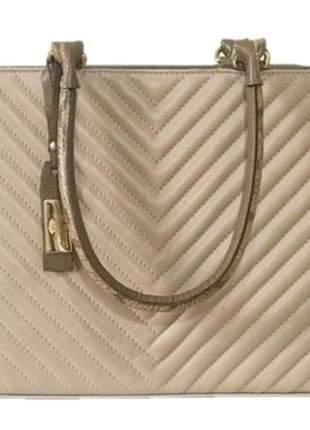 Bolsa estruturada couro matelassê bege