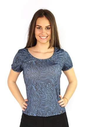 T shirt feminina com tule