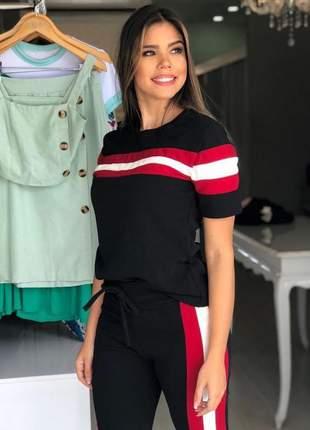 Conjunto de blusa e calça de malha crepe
