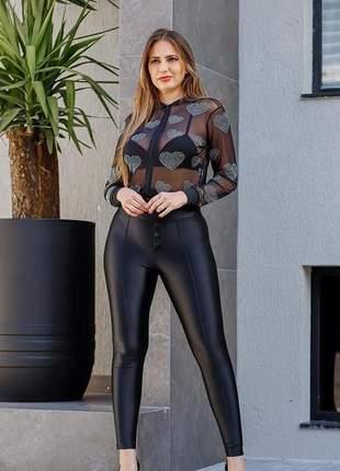Jaquetinha tule manga longa transparente com aplicação  coração moda feminina balada