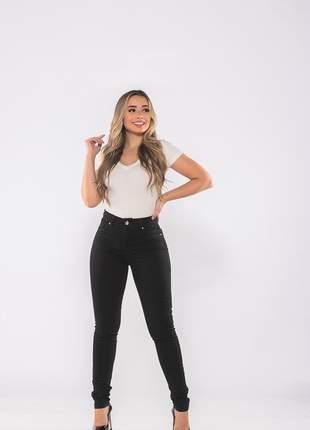 Calça feminina cintura alta skinny slim sarja levanta bumbum lycra e elastano preta