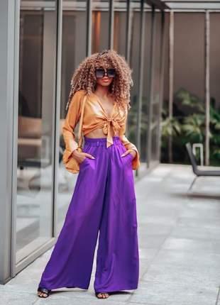 Calça pantalona cor purpura cintura alta tecido viscose