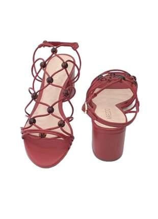 Sandália salto bloco tiras esferas tartaruga malagueta
