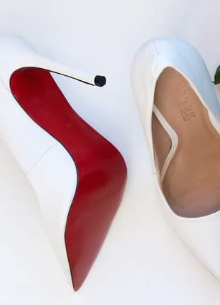 Sapato sola vermelha scarpin branco fosco couro bico fino salto alto 12 cm