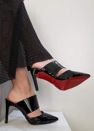 Mule sapato preto verniz bico fino salto alto com sola vermelha novo