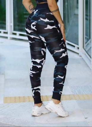 Calça leg feminina legging cintura alta tipo moletom suplex camuflada