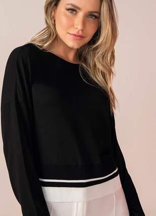 Blusa feminina manga longa em viscotorcin com detalhe barra
