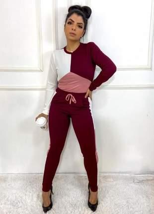 Conjunto de calça e blusa manga longa com detalhes