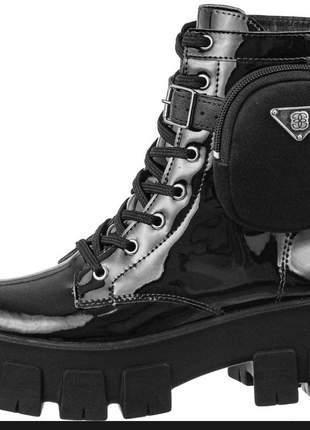Coturno com bolsinha  bota feminina plataforma blogueira