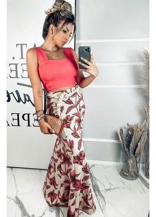 Conjunto de saia longa e cropped estampado