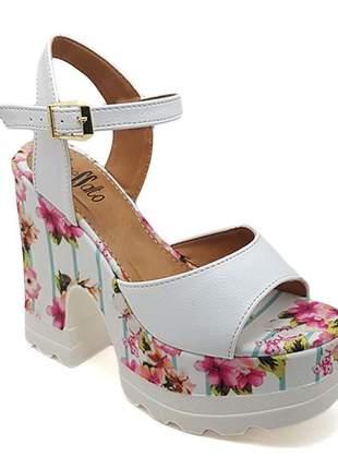Sandália plataforma tratorada sobressalto branca  floral