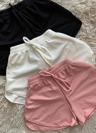 Shorts canelado elástico na cintura